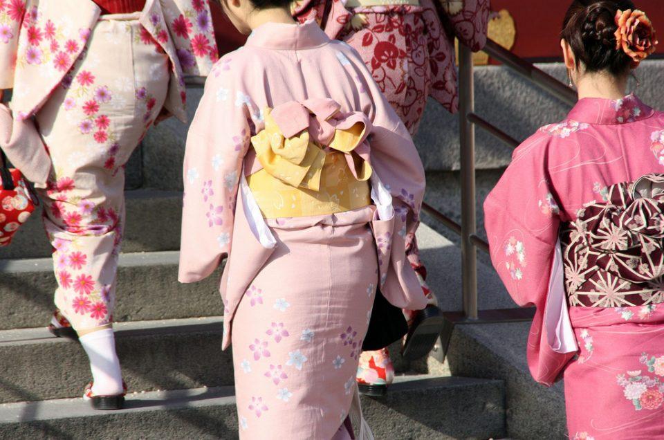 Vestindo um kimono