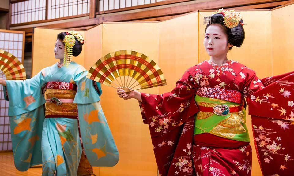 Aula de dança japonesa